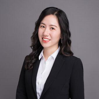Janet Zhou
